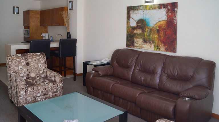 Master-Suite-18-Hotel-Plaza-Vizcaya-Durango