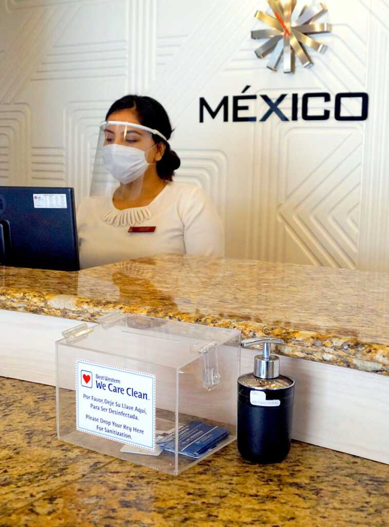 Recepcionista Hotel Plaza Vizcaya