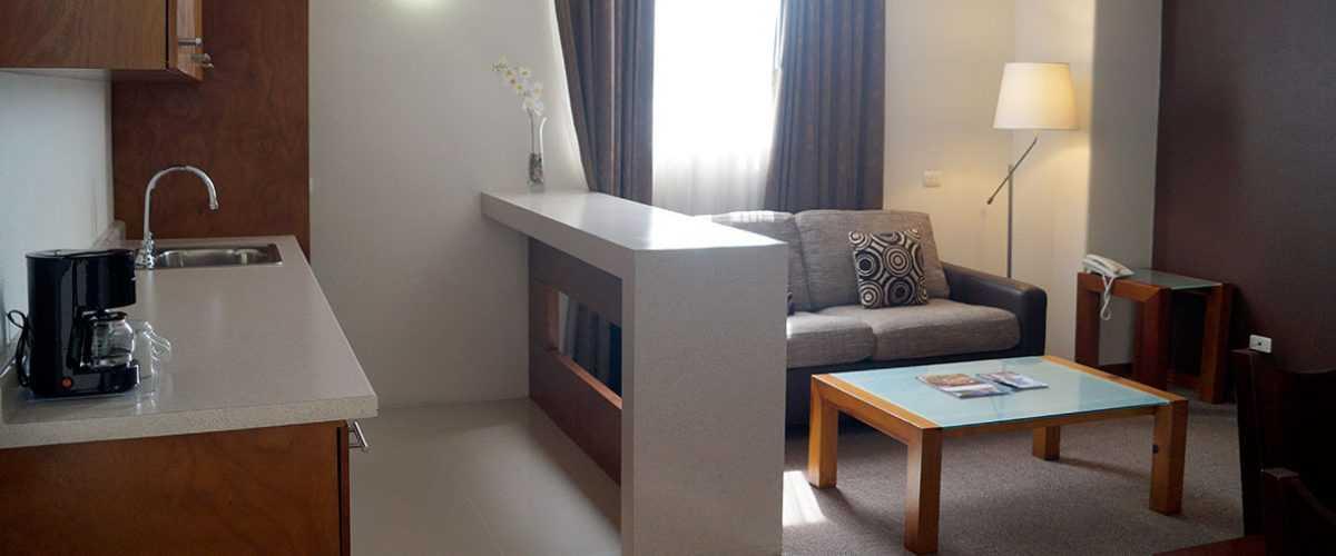 Habitación Junior Suite con Cocineta Hotel Best Western Plus Plaza Vizcaya Durango 1